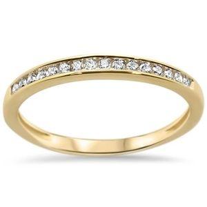 yellow gold diamond wedding band